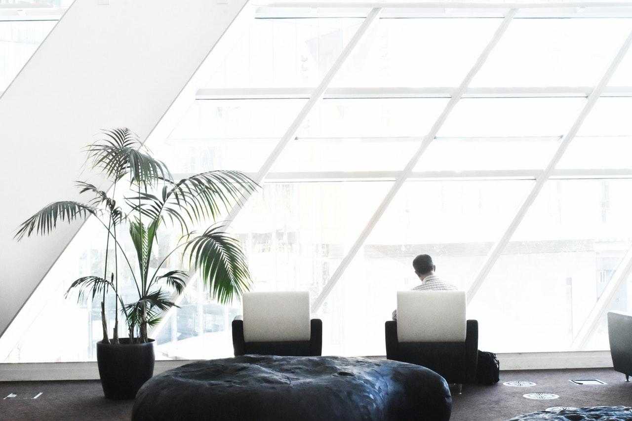 Абонаментно почистване на  офис  - предпоставка за успех
